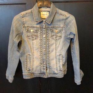 Limited Too Light washed Jean Jacket Size Large